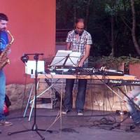 Ostegun musikalak Izarpe Kanpinean: The Txerigans