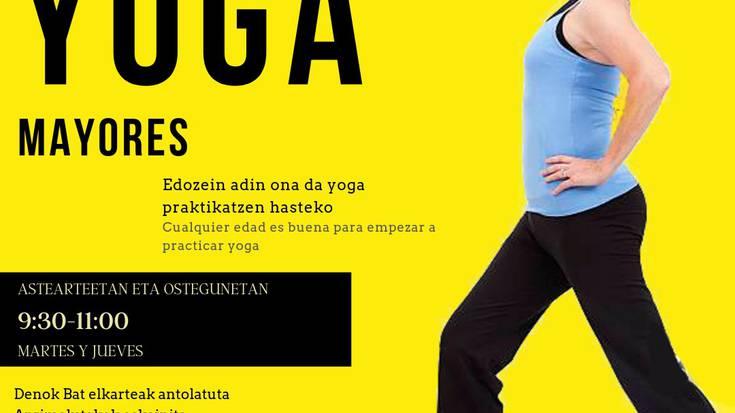 Kolokan da Larraintzarko yoga taldea