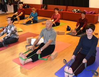 Urrian yoga ikastaroak izanen dira berriro martxan