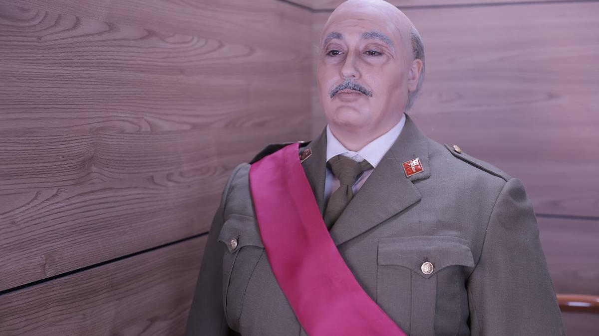Gorabeherak: Francisco Franco