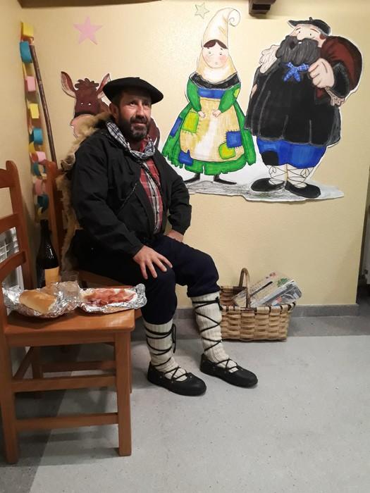 Olentzerok eta Mari Domingik eskualdera egindako bisitaren argazki galeria - 14
