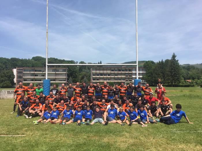Ligan izena emateko adina jokalari biltzea lortu du Baztango Rugby Taldearen senior mailak